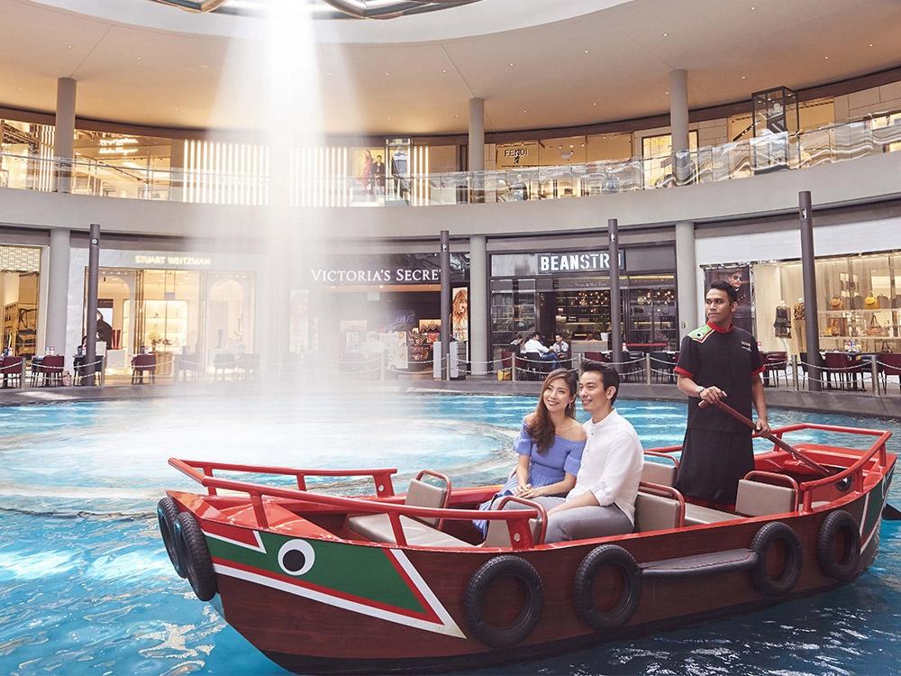Singapore luxury hotel and lifestyle destination | Marina Bay Sands