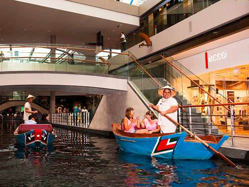 Sampan Rides at the Canal at Marina Bay Sands