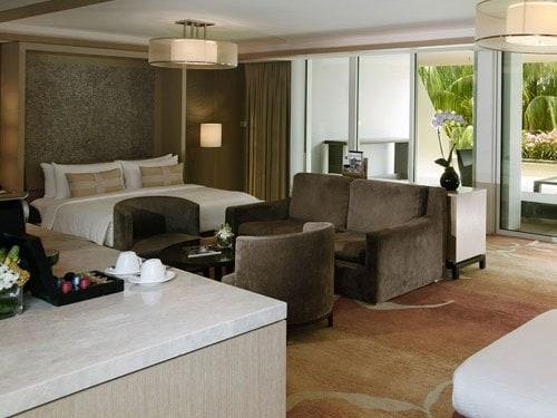 Family Room at Marina Bay Sands Hotel. Singapore Hotel Rooms   Suites in Marina Bay Sands