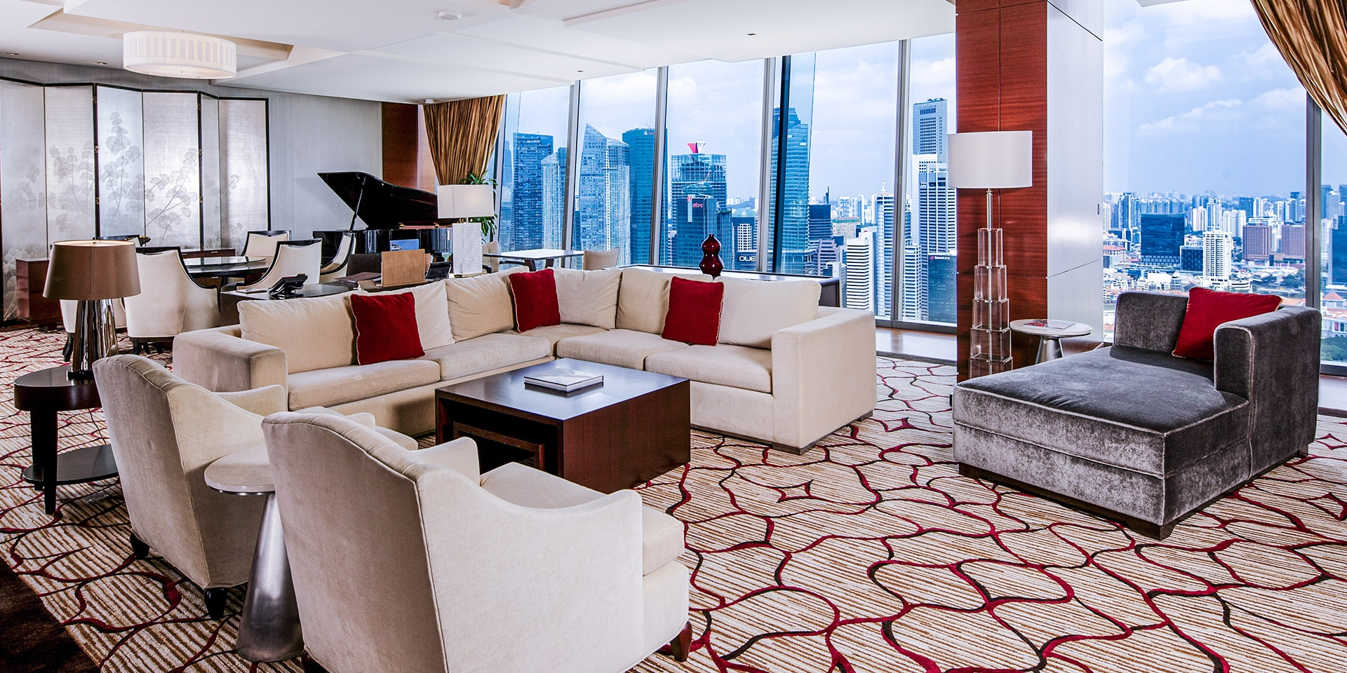 Living Room, Straits Suite at Marina Bay Sands