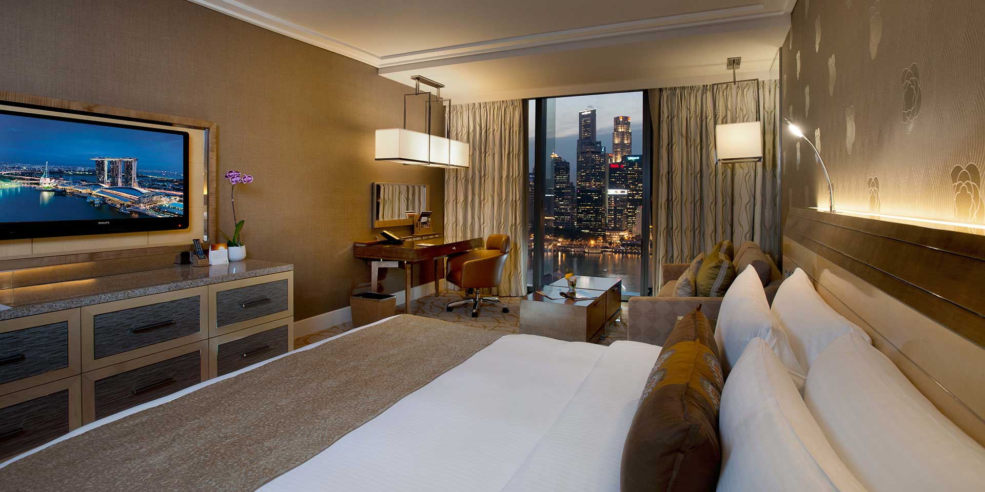 Deluxe Room at Marina Bay Sands with King Bed and City View