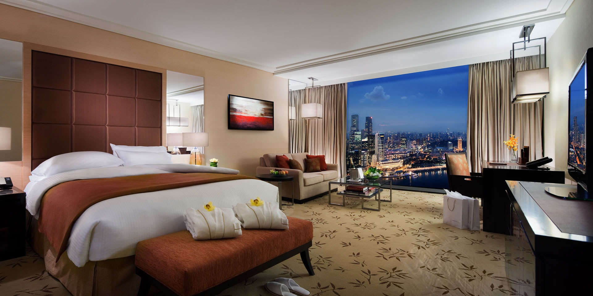 Club Room at Marina Bay Sands with King Bed and City View. The Club Room in Marina Bay Sands   Singapore Hotel