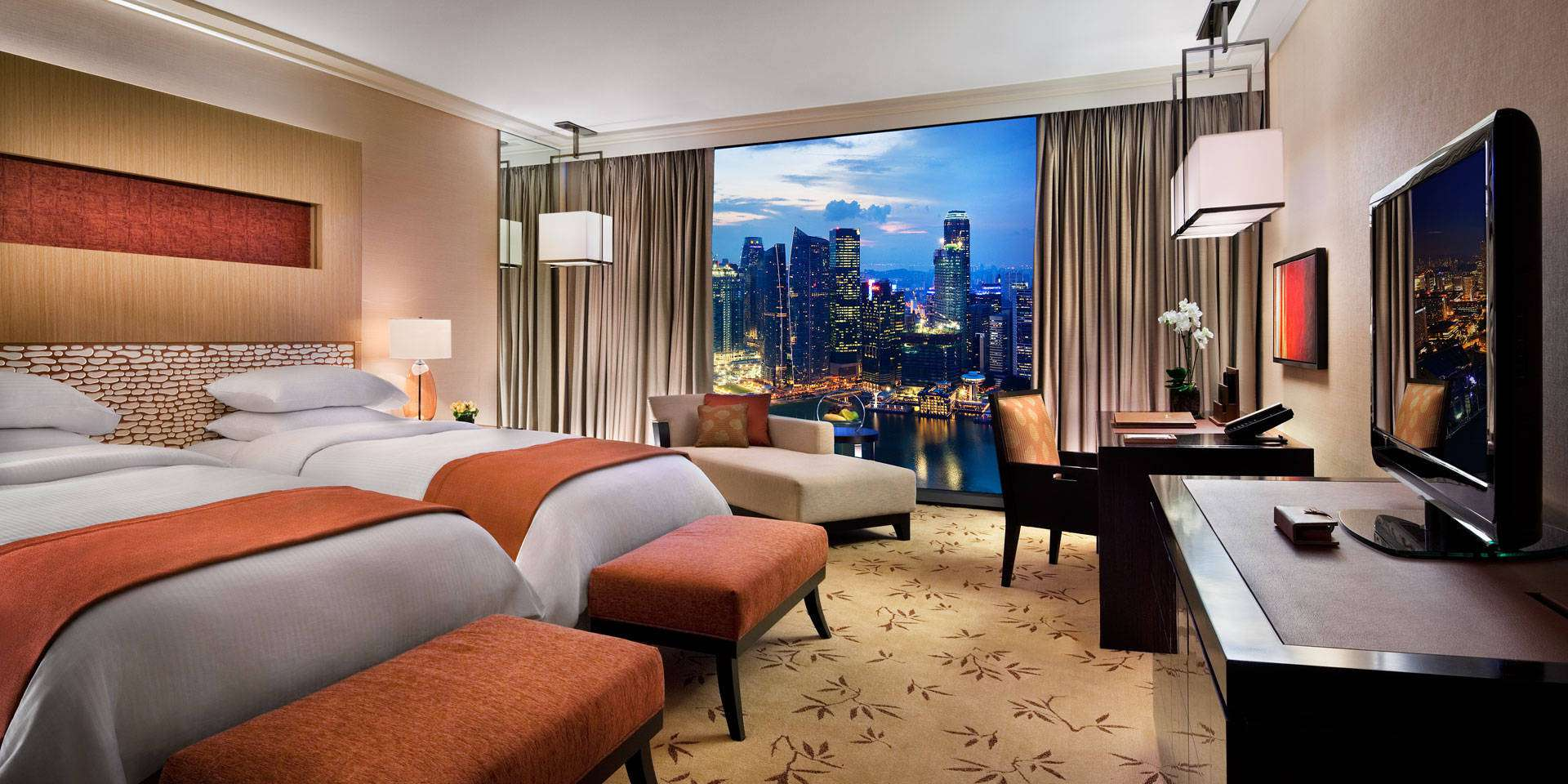 Premier room at Marina Bay Sands with Twin Beds and City View