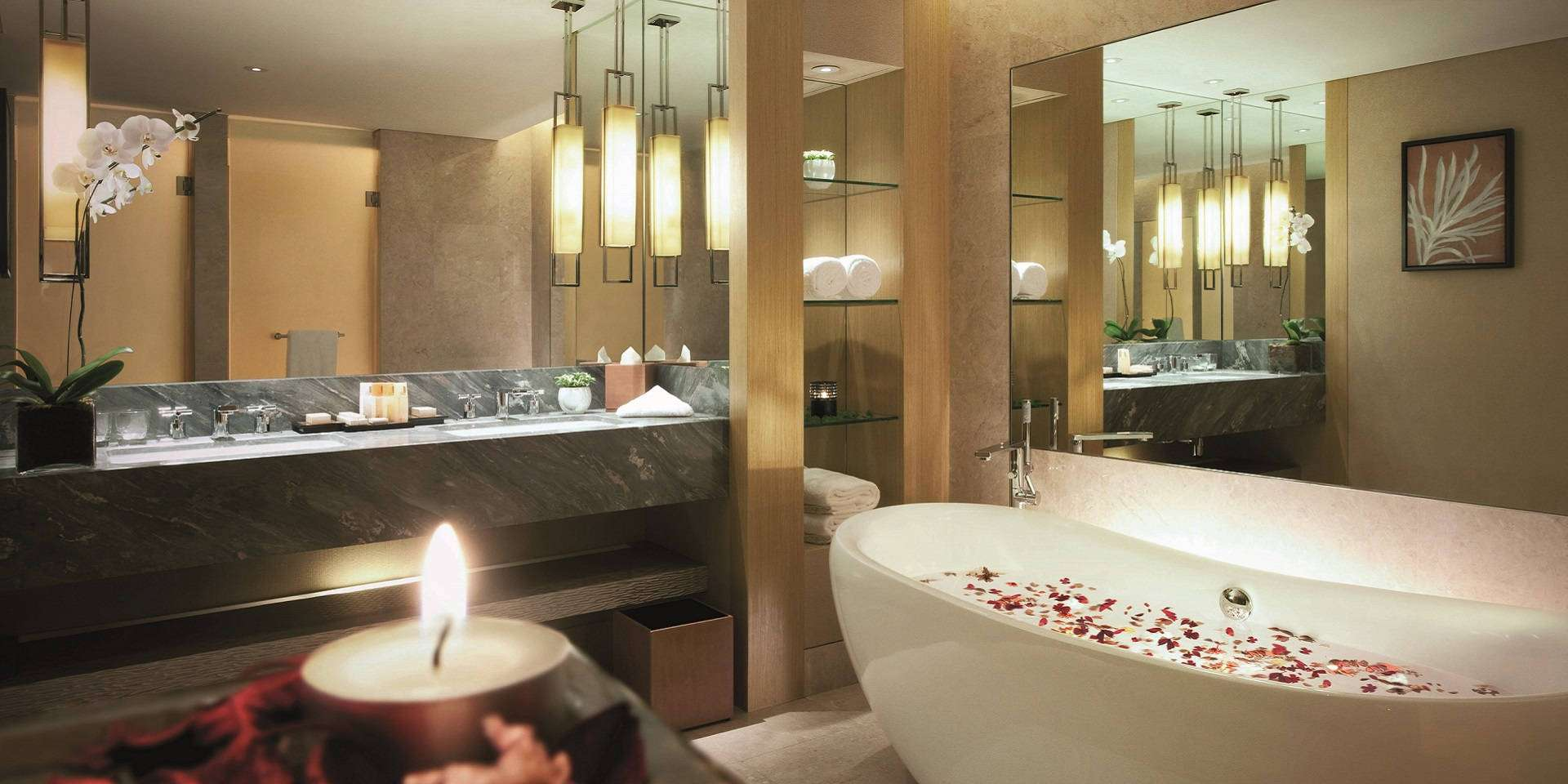 Premier Room Bathroom at Marina Bay SandsPremier Room in Marina Bay Sands   Singapore Hotel. Red Light In Bathroom Hotel. Home Design Ideas