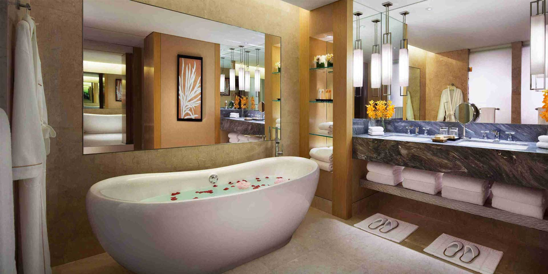 Orchid suite in marina bay sands singapore hotel for Bathroom in room