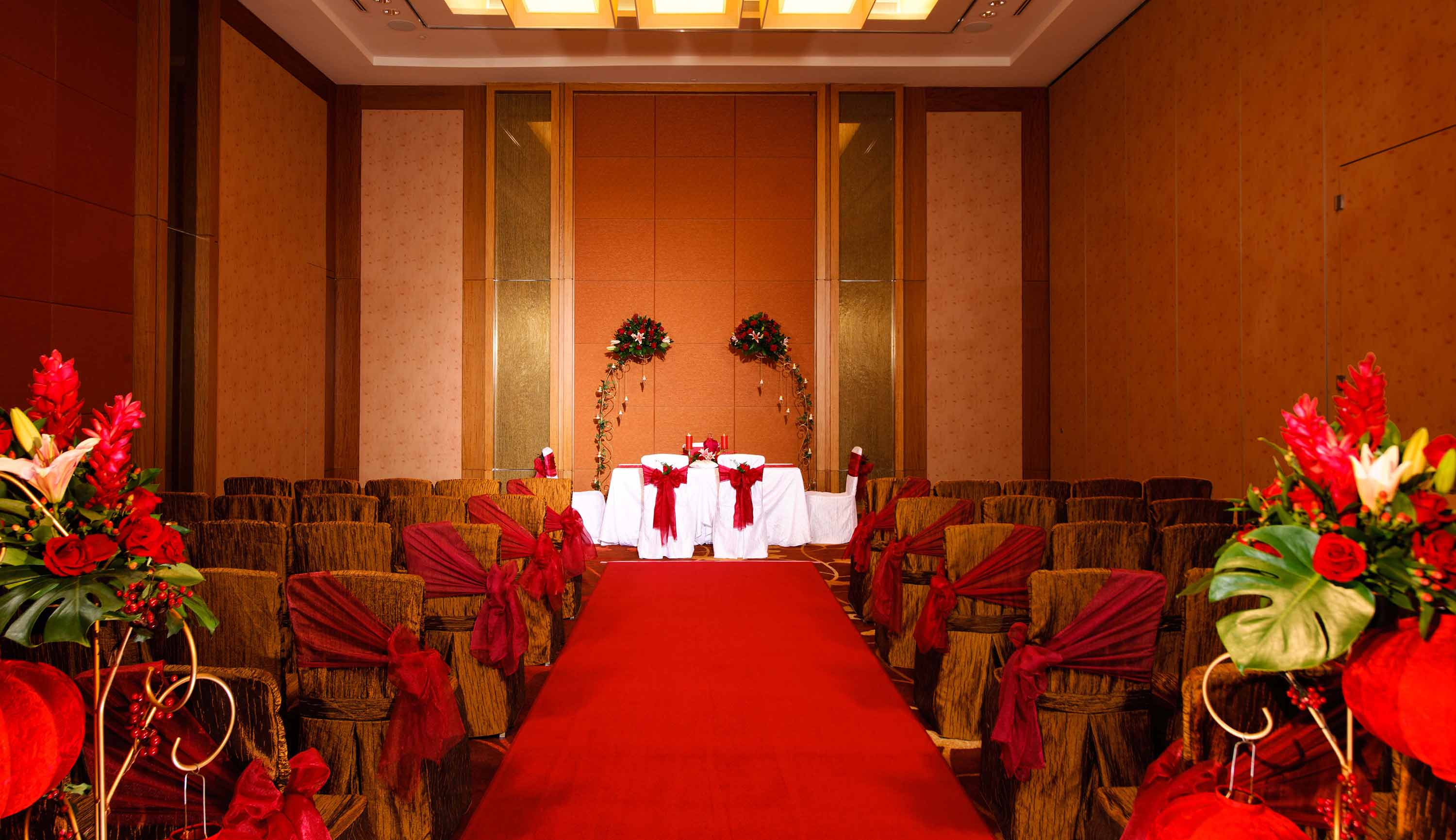 Red Romance wedding theme