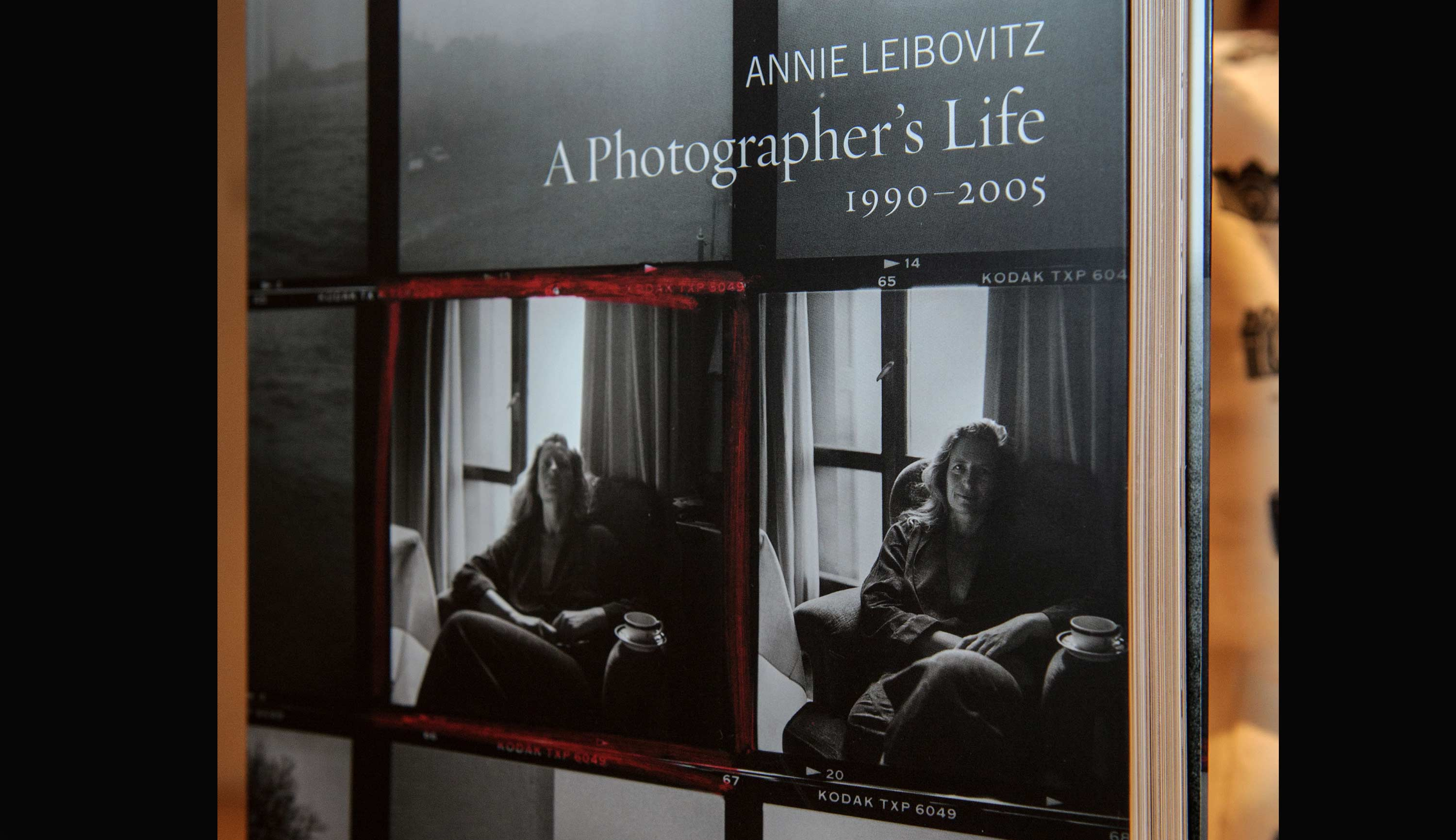Annie Leibovitz A photographer's life 1990-2005 book