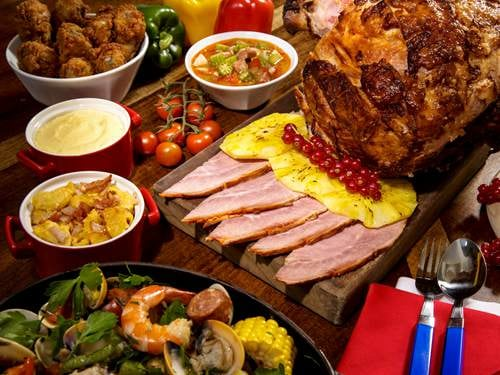 Assorted Cuisines at RISE Restaurant Buffet