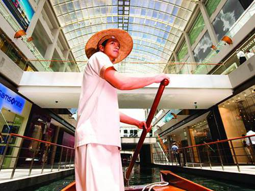 Sampan Rides at Marina Bay Sands