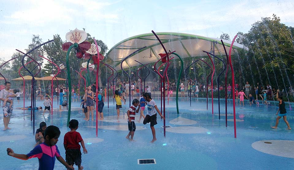 Far%20East%20Children's%20Garden Gardens%20by%20the%20Bay 959x554 - Is Gardens By The Bay Sheltered